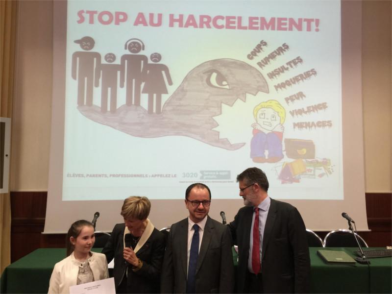 établissement Bellevue actualités non harcèlement 2015/2016 - 1